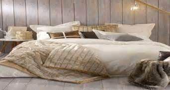 Bien Couleur Chambre Adulte Zen #1: chambre-cocooning-des-idees-pour-dormir-zen-dans-sa-chambre.jpg
