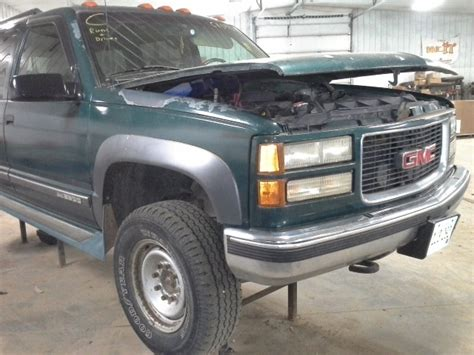 how to fix cars 1996 gmc suburban 2500 navigation system 1996 gmc suburban 2500 front axle differential 4 10 ratio 4x4 ebay