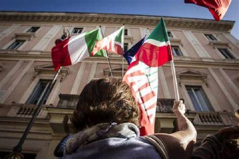 sede nazionale forza italia pdl falchi nella tana dell aquila lospiffero