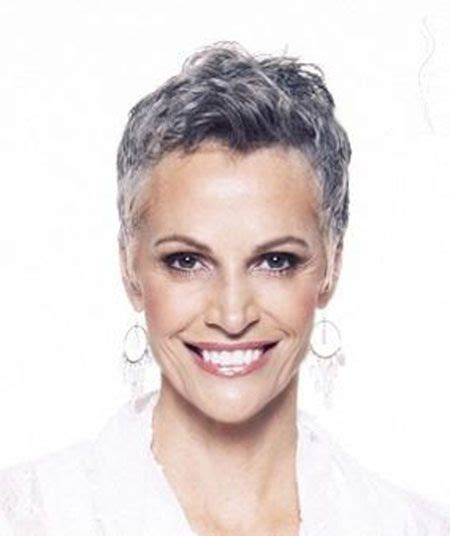 cowlick in older females 50 shades of grey hair trends and styles short haircuts