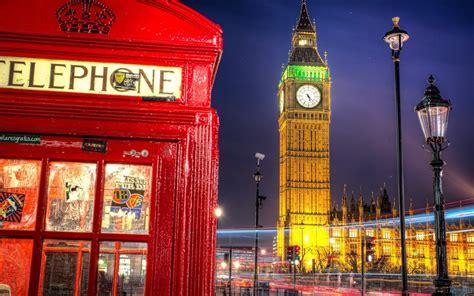 cabine telefoniche londinesi londra defibrillatori nelle cabine telefoniche felicit 224