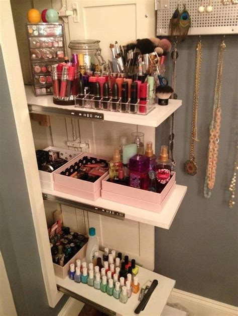 8 Bargain Ways To Rev Your Wardrobe by Diy Makeup Organizer Cardboard Tutorial Mugeek Vidalondon