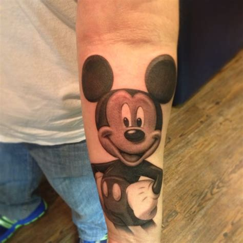 fantastic mickey mouse tattoo designs