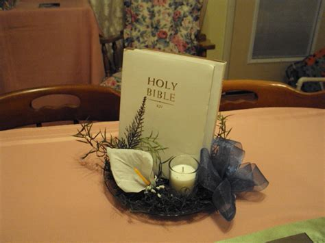 bibles used to make table decorations for bridal shower
