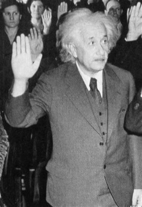 biography of great scientist albert einstein scientists famous scientists great scientists