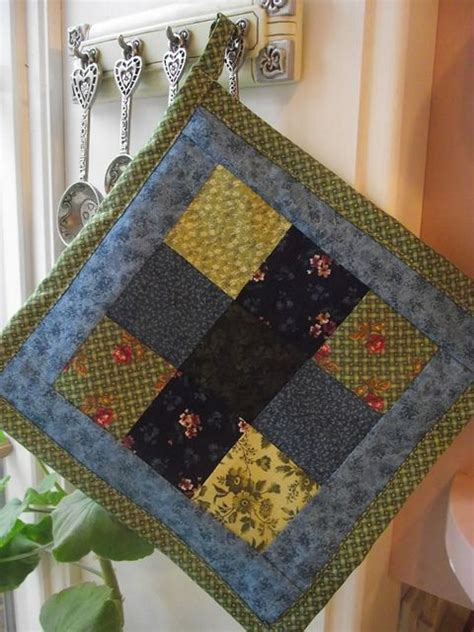 quilted potholder tutorial crafty things