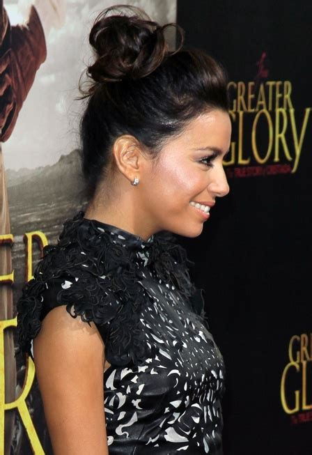 Longoria Really Needs Makeup by Need An Easy Weekend Updo Idea Borrow This One From