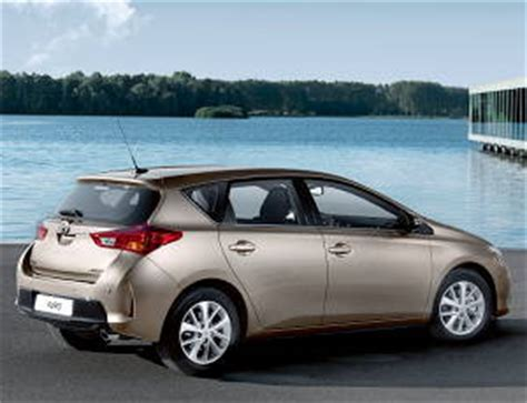 Toyota Auris 1 6 Specs 2012 Toyota Auris 1 6 Specifications Information Data