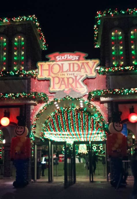 six flags laser christmas lights six flags over georgia discounts last days for holiday in