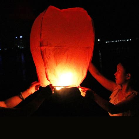 How To Make Paper Lanterns That Fly - big kongming lanterns fly sky candle l