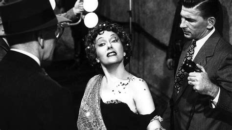 filme stream seiten sunset boulevard 12 of the best black and white movies streaming on netflix