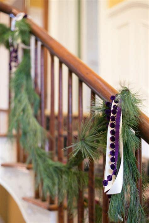 deko treppe holz leichte deko f 252 r weihnachten und neujahr