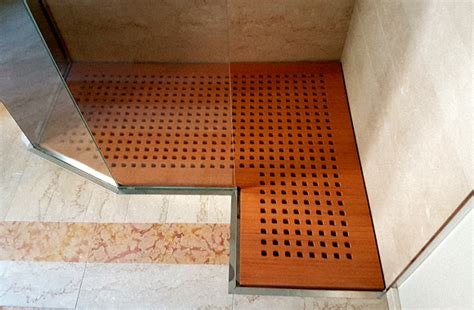 pedana per doccia pedane doccia su misura e antiscivolo realizzate in legno