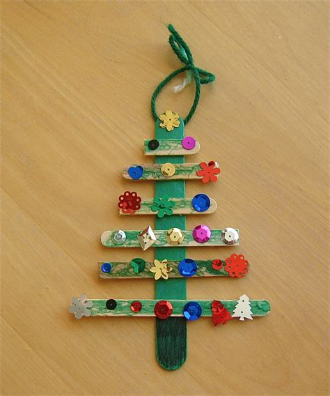 11 easy christmas tree crafts for kids no time for flash