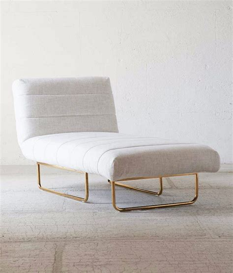 how do you spell chaise longue furniture finds 7 chaise longues for living your laziest life