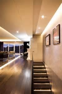 indirekte deckenbeleuchtung wohnzimmer indirekte deckenbeleuchtung und einbauspots apartment in