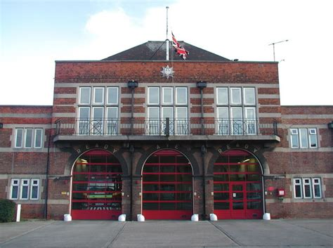 Earth Homes Plans file east hull fire station geograph org uk 629721 jpg