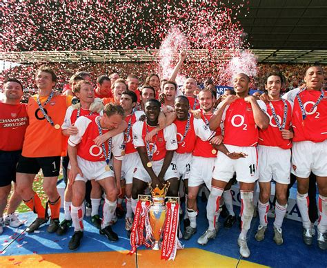 arsenal current squad arsenal mesut ozil wouldn t be part of the 2004