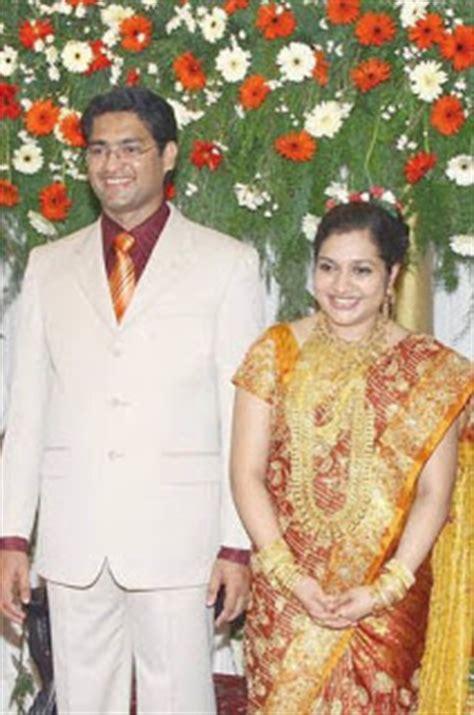 asha ashish: malayalam celebrities wedding pictures