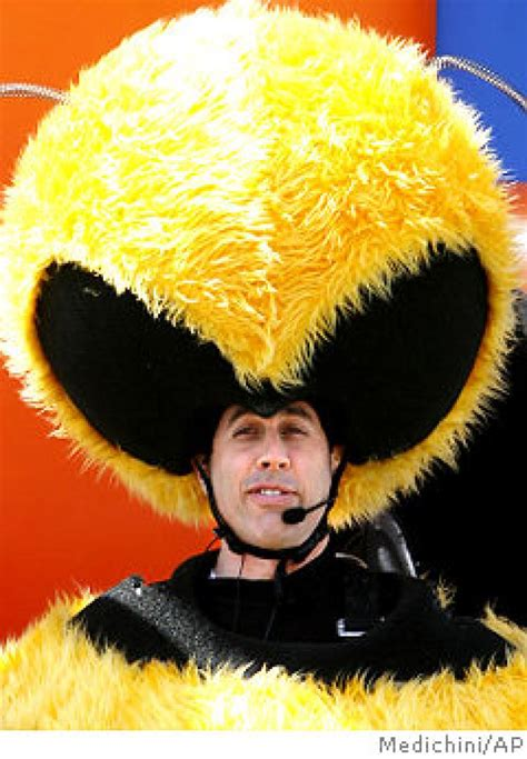 Stylefoul Jerry Seinfeld In Bee Costume by Jerry Does Some Hive Talkin Ny Daily News