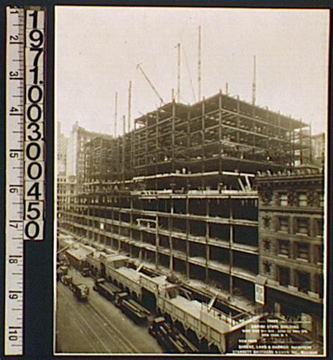 Das Größte Gebäude Der Welt by Kunstlinks