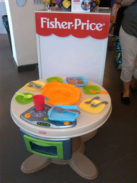 fisher price servin surprises kitchen set rolemommy