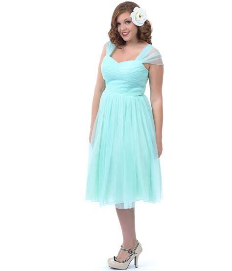brides guide plus size bridesmaid dresses