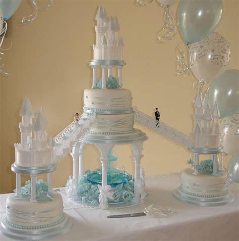 Wedding Cakes With Fountains by Genori S This Year S 16th Anniversary Event Takes