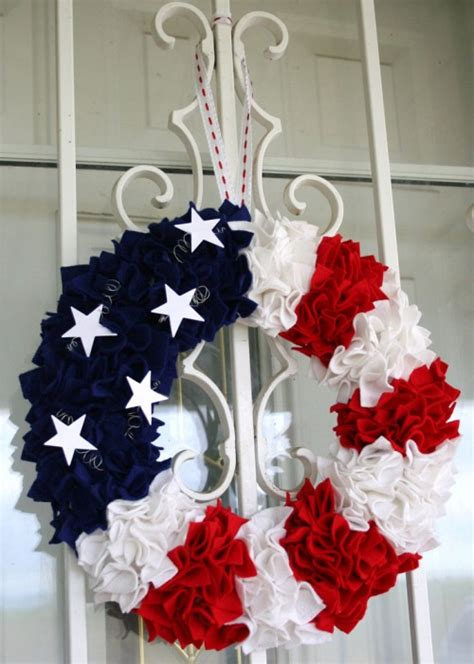 10 great diy 4th of july wreaths shelterness