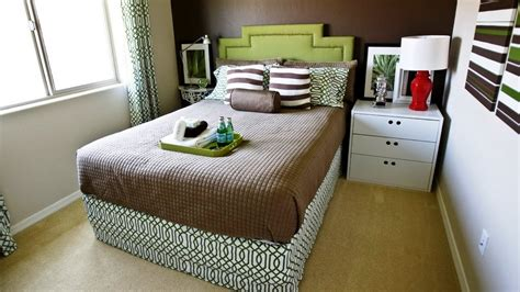 small bedroom with a double bed decorating ideas youtube