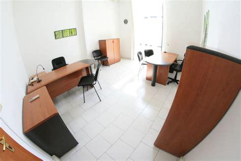 uffici arredati napoli napoli affitto ufficio arredato con parcheggio affitto