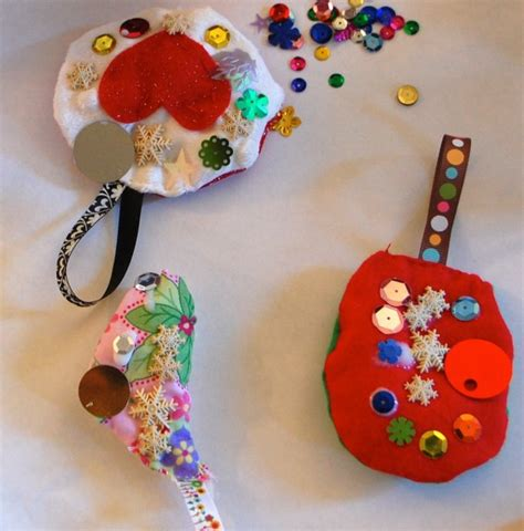 Handmade Fabric Ornaments - crafts ideas stitched ornament with