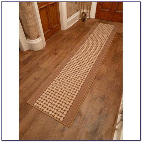 Modern Runner Rugs For Hallway Black Runner Rugs For Hallway Rugs Home Design Ideas 2x7wgnq7vd