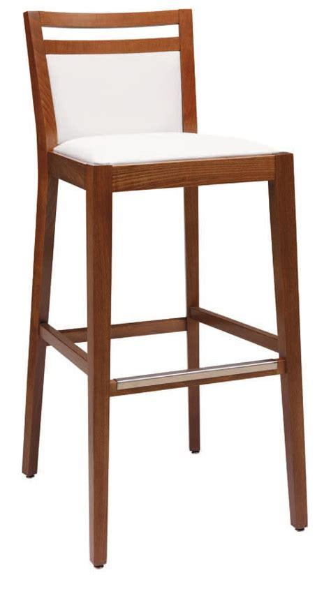 sgabelli imbottiti con schienale sgabello imbottito in legno con varie finiture per bar