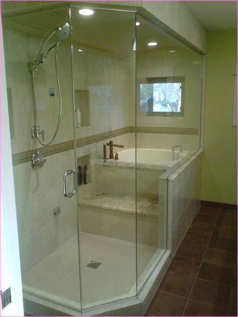 bathrooms with soaking tubs 25 best ideas about japanese soaking tubs on pinterest