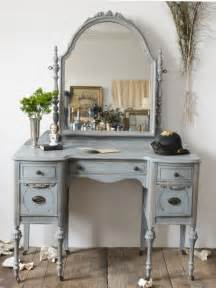 Vanities In Beatrice 1930 S Antique Vanity The Savoy Flea