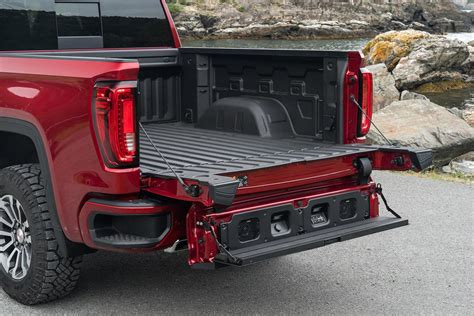 2019 Gmc New Tailgate by An Innovative Truck Design Feature Gmc S Multifunctional