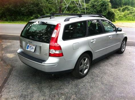 2007 volvo v50 t5 sell used 2007 volvo v50 t5 wagon 4 door 2 5l in
