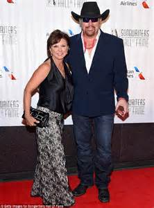 toby keith and wife toby keith wife tricia related keywords toby keith wife