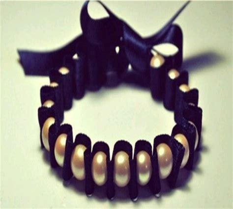 bagai mana cara membuat gelang dari tali sepatu gelang dari tali sepatu bekas dan manik manik mutiara