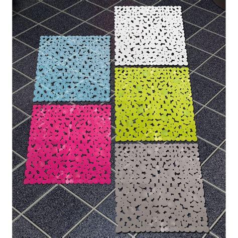 tapis de bain plastique tapis anti d 233 rapant tapis salle de bain cabourg blanc