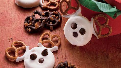 bake pretzel  candy reindeer recipe pillsburycom