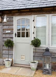 Front Doors For Home by Colored Front Doors On Houses With Cedar Siding Front