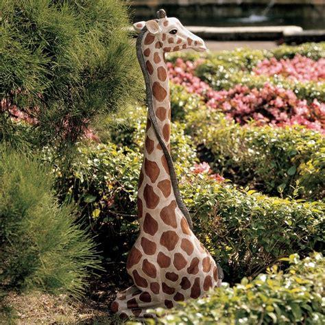Outdoor Decor Statues by Design Toscano Ng29314 Gigi The Garden Giraffe Statue