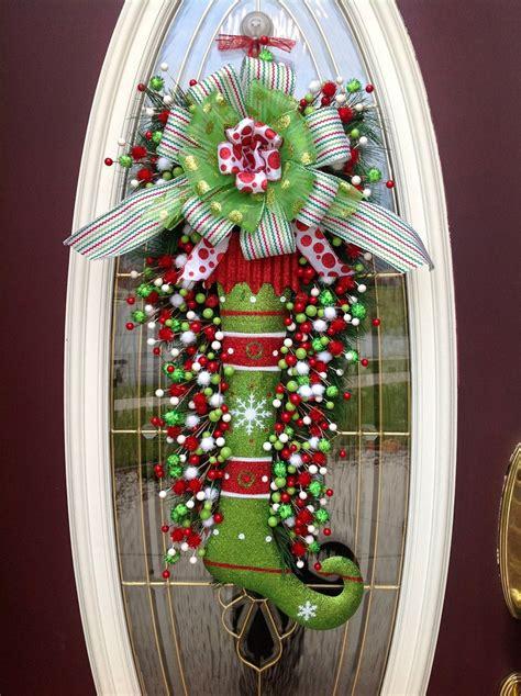 decoracion navideña para puertas decoracion navidea para oficinas decoracion de puertas