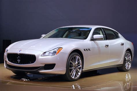 Maserati Pictures by 2014 Maserati Quattroporte Photo Gallery Autoblog