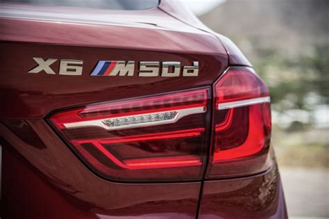Bmw X6 How Many Seats by Look At 2015 Bmw X6 S M Sport Package And X6 M50d
