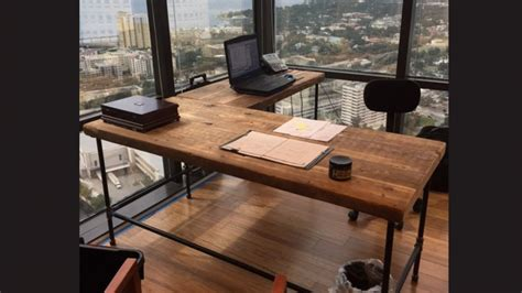 reclaimed wood corner desk jjhwatkins