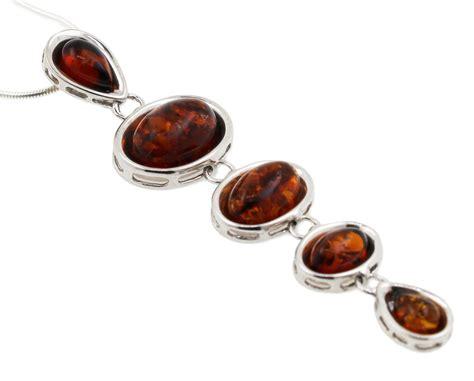 Halskette Kaufen by Halskette Mit Anh 228 Nger Bernsteinschmuck Kaufen