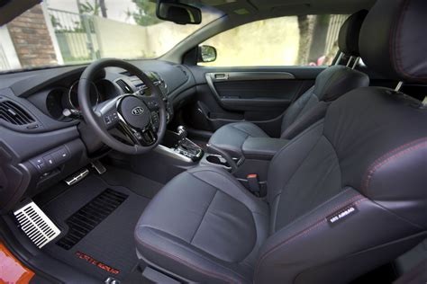Kia Forte Koup Interior 2016 Kia Forte Koup Features And Changes